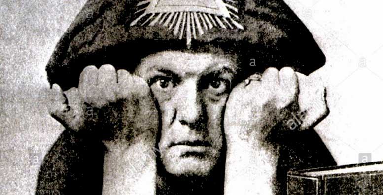nascuti 12 octombrie Aleister Crowley