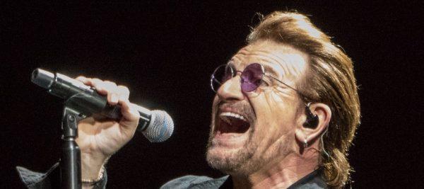 nascuti 10 mai Bono